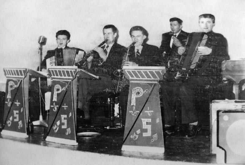 SChamberlain- Popular 5 Mitchelstown 1950s-edit.JPG